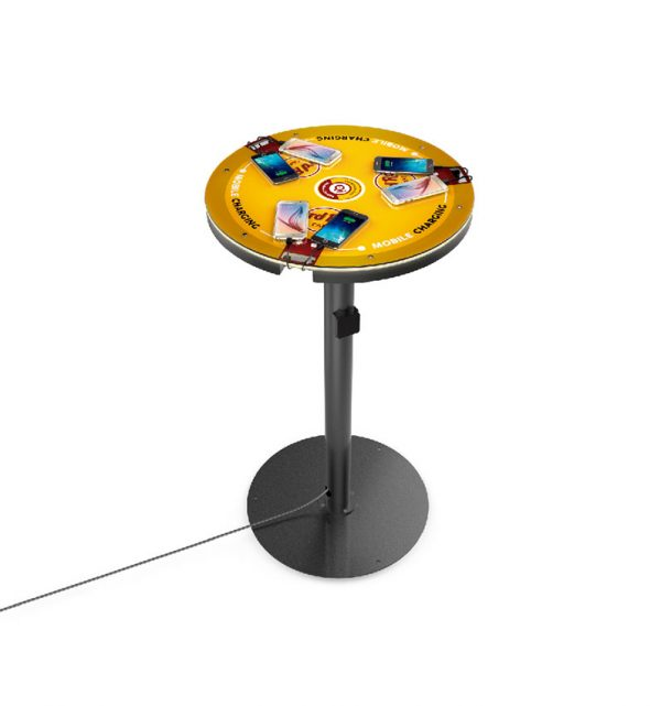 Mobil şarj yapan masa